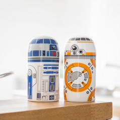 Star Wars BB-8 and R2-D2 Salt and Pepper Set